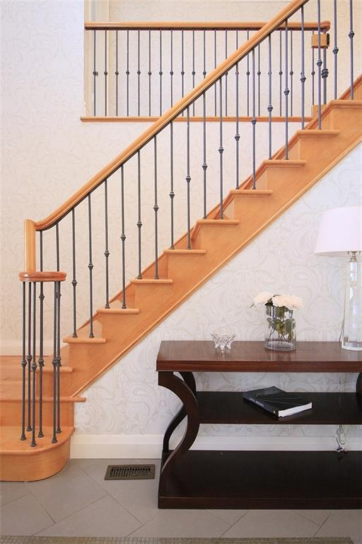 190 Jerseyville Road W  - Staircase