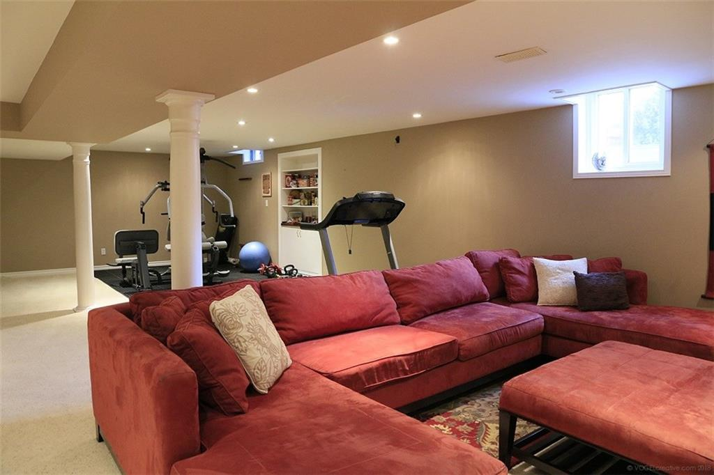 76 Golfview Crescent -