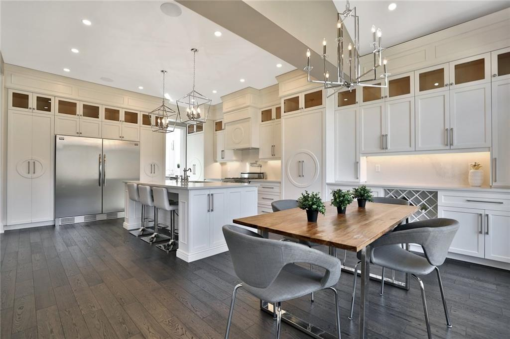 731 Montgomery Drive - Eat In Kitchen
