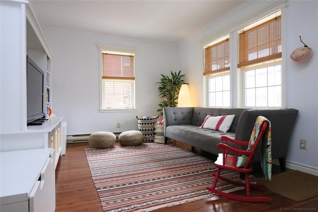 4329 Ontario Street - Family Room
