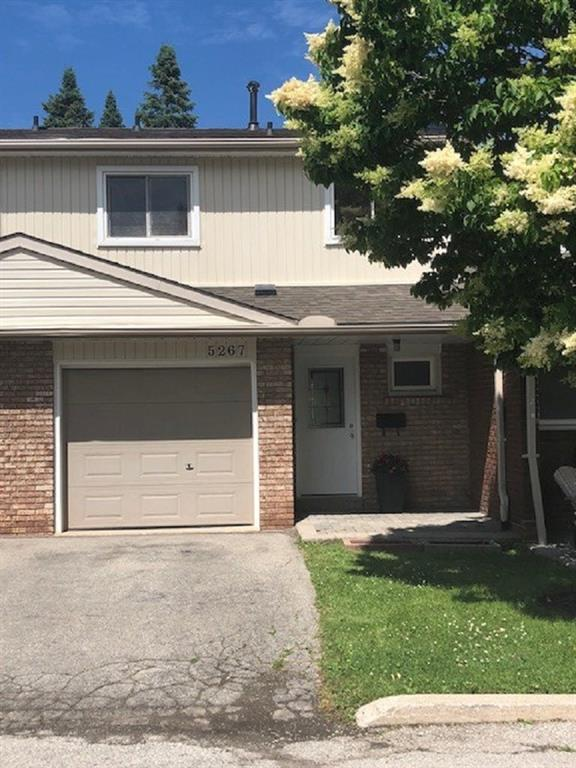 5267 Banting Court -