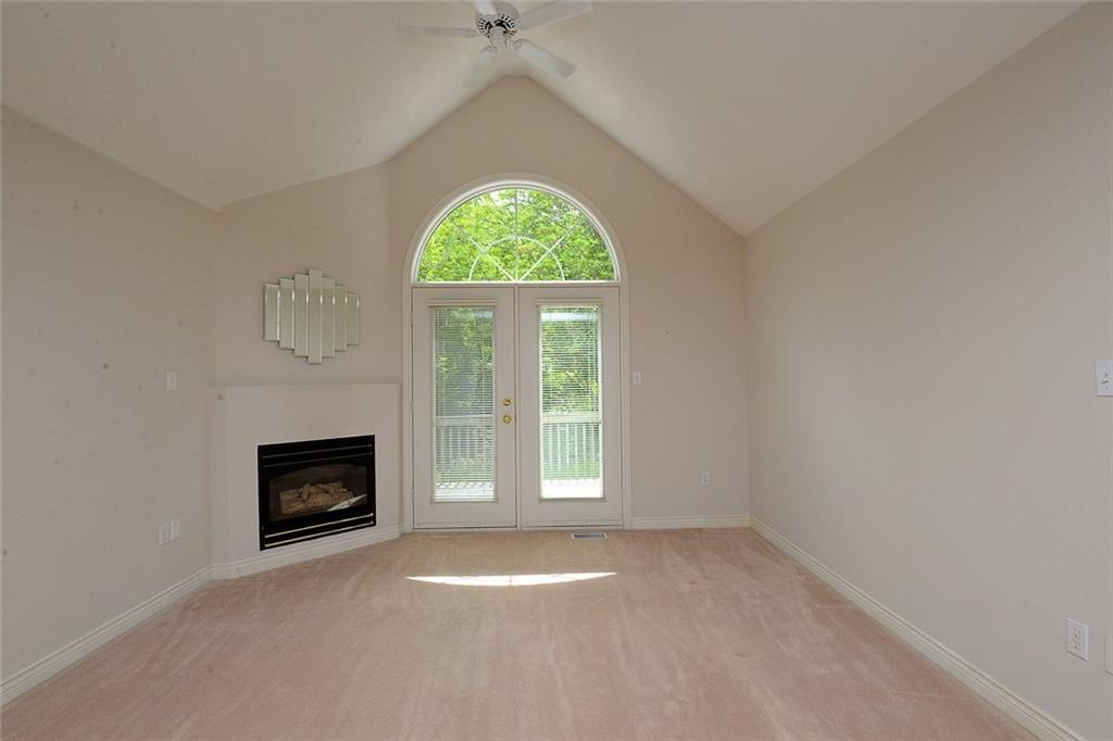 14-60 Dundas Street - Vaulted ceiling give a spacious feeling and also allows for larger windows to provide both views and natural light