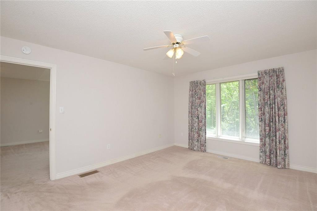 14-60 Dundas Street - Master bedroom w/4pc ensuite and large windows overlooking rear yard