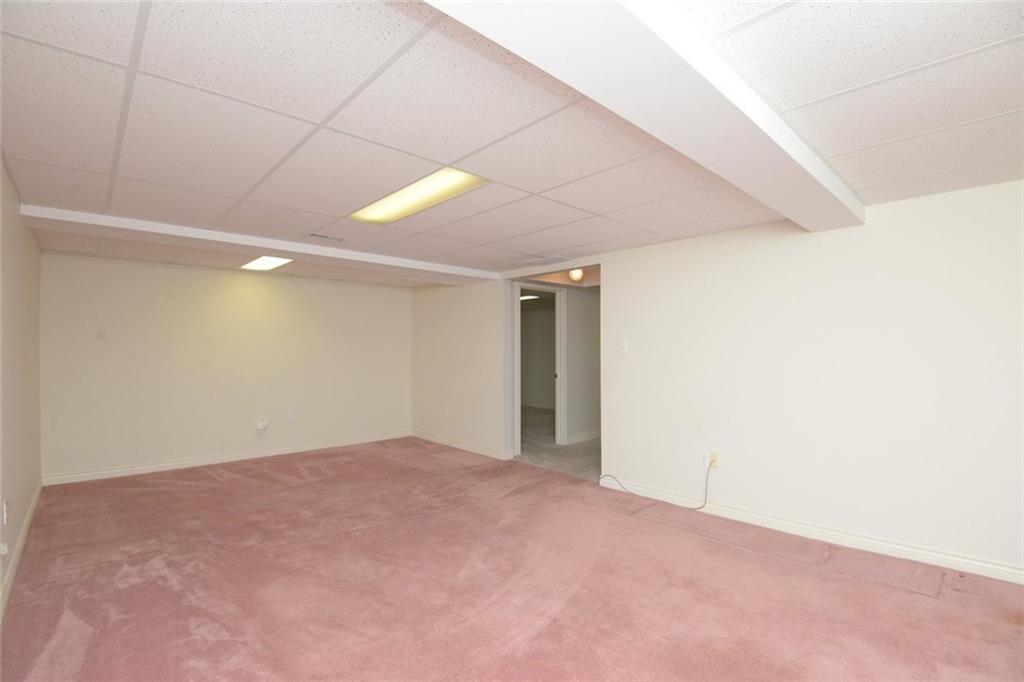 14-60 Dundas Street - Other door outside rec room leads to a den that could be also used as a 3rd bedroom