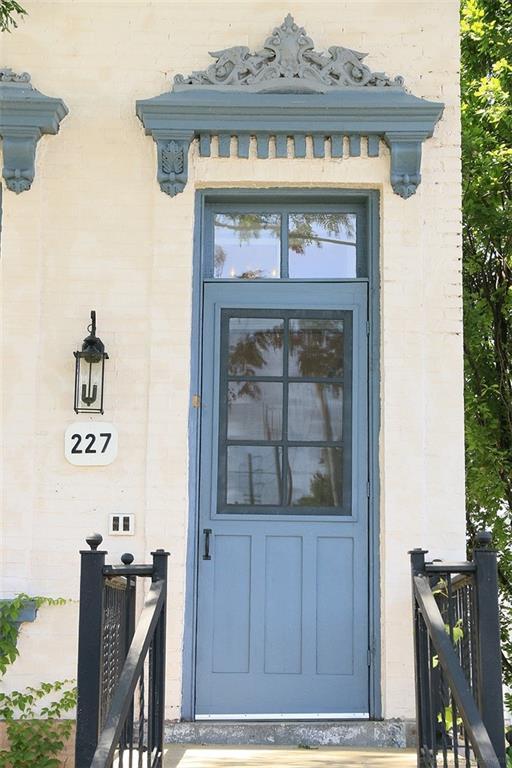 227 Park Street N  -