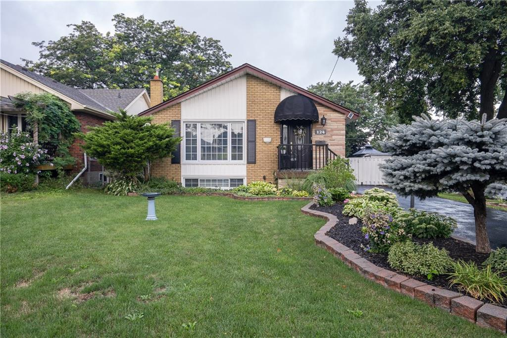 Photo of: MLS# H4035018 124 West 24th Street, Hamilton