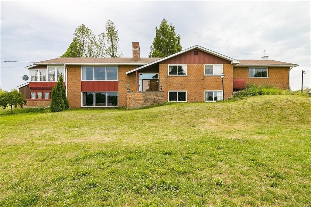 Photo of: MLS# H4036878 1453 Milburough Line, Carlisle